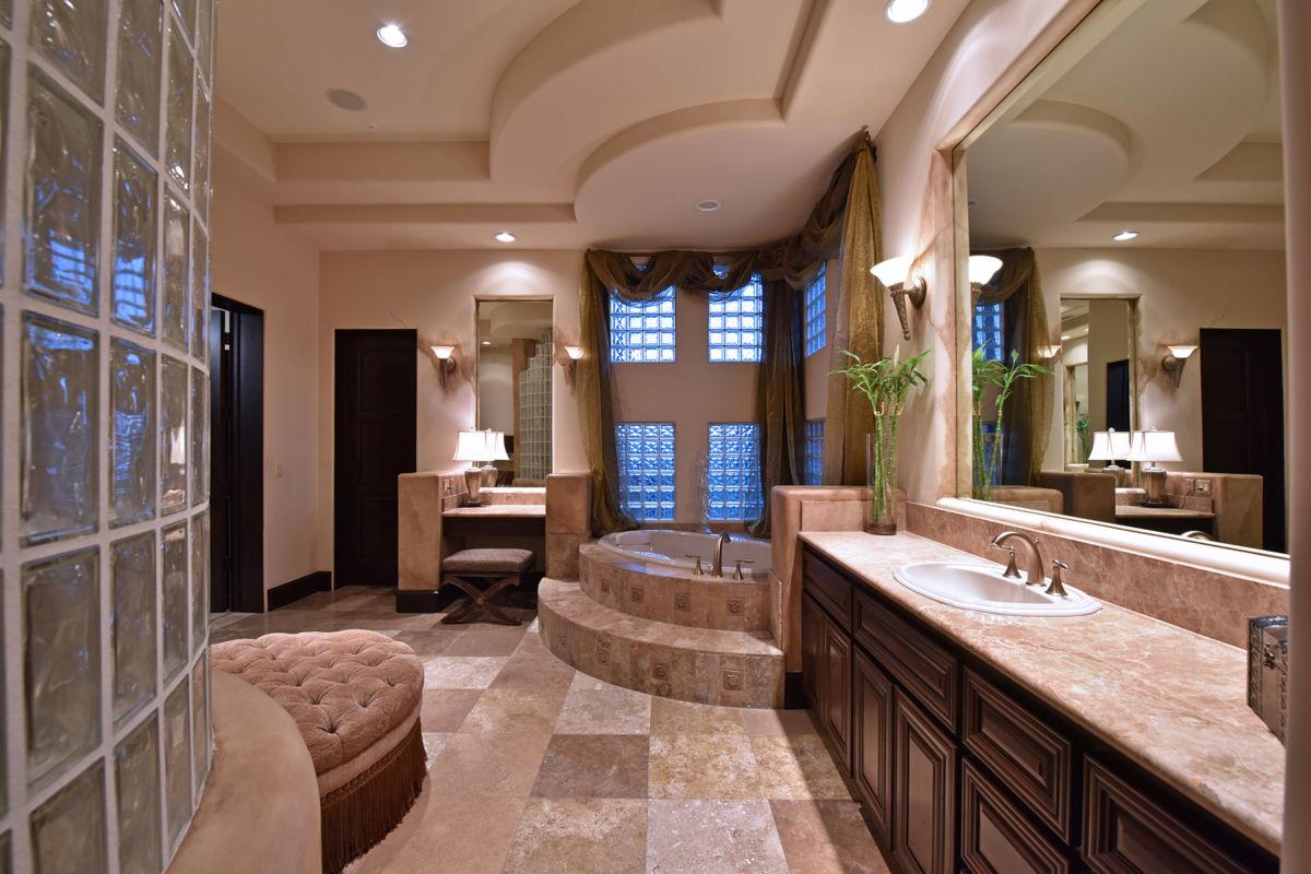 Grand Master Bathroom