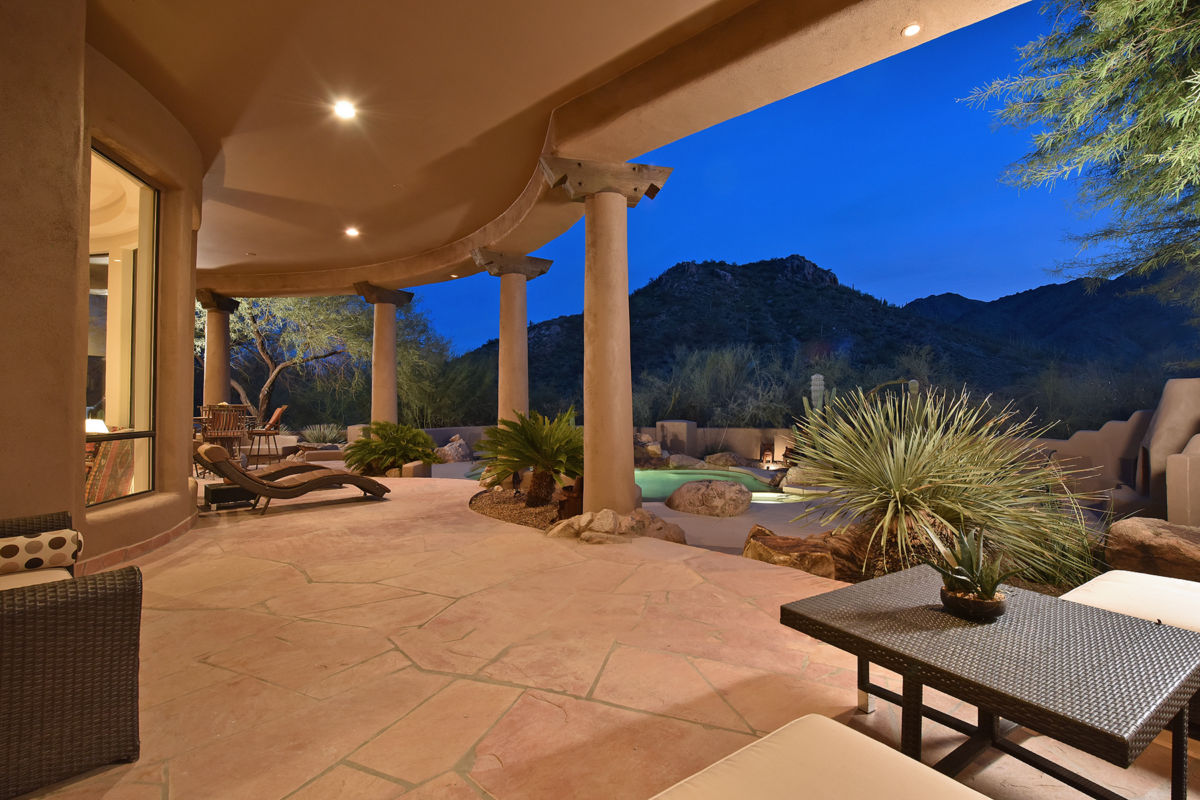 Troon Ridge Estate Patio