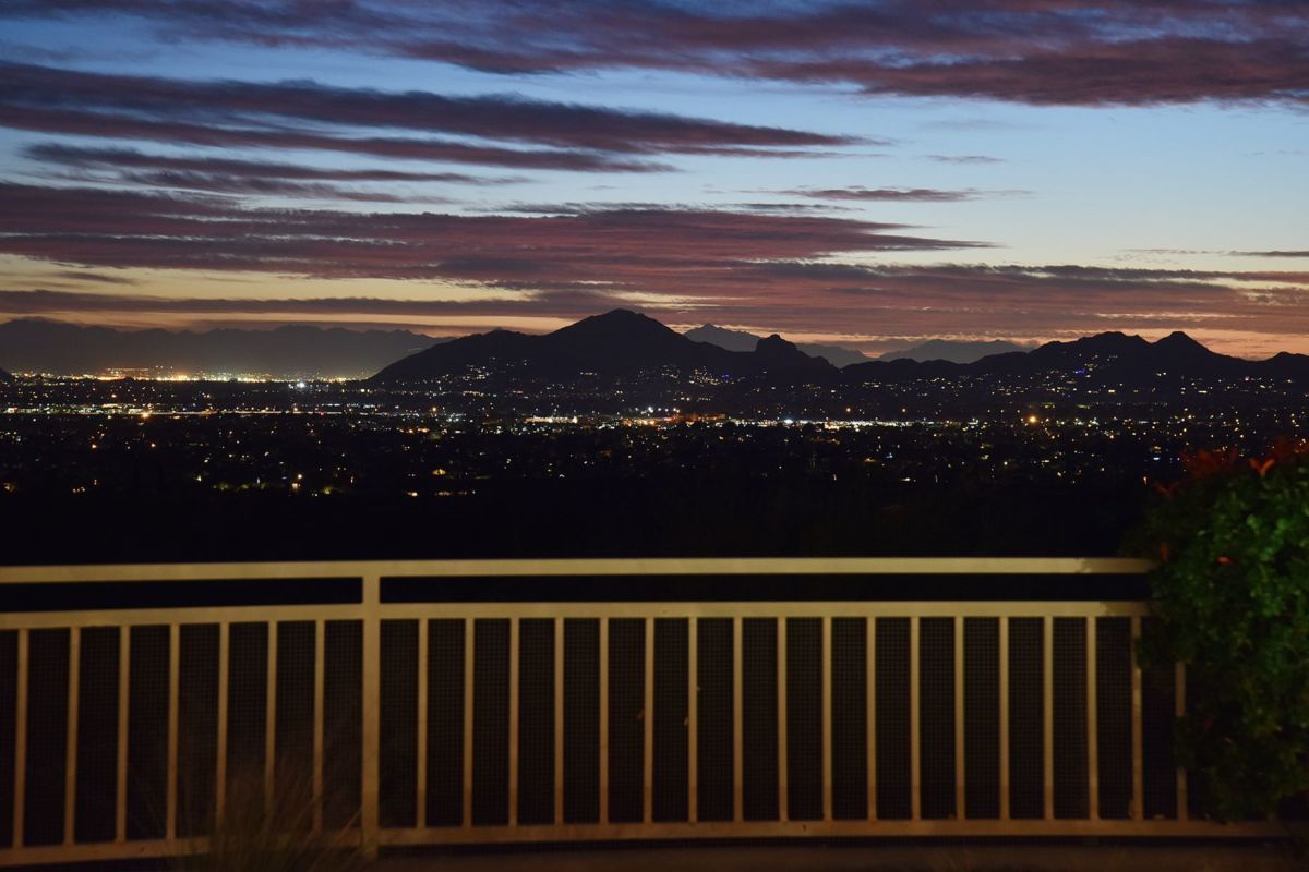 Phoenix and Scottsdale City Light Views